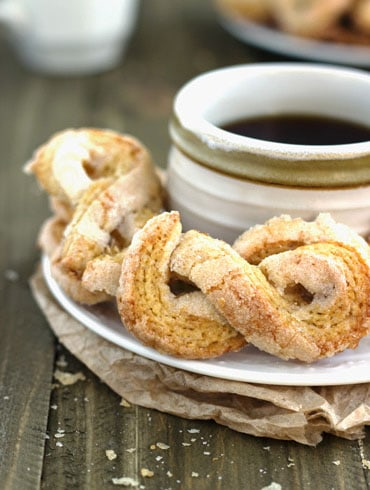 50 Calorie Sugar Twists {Whole Wheat & Low Fat} - Food Faith Fitness