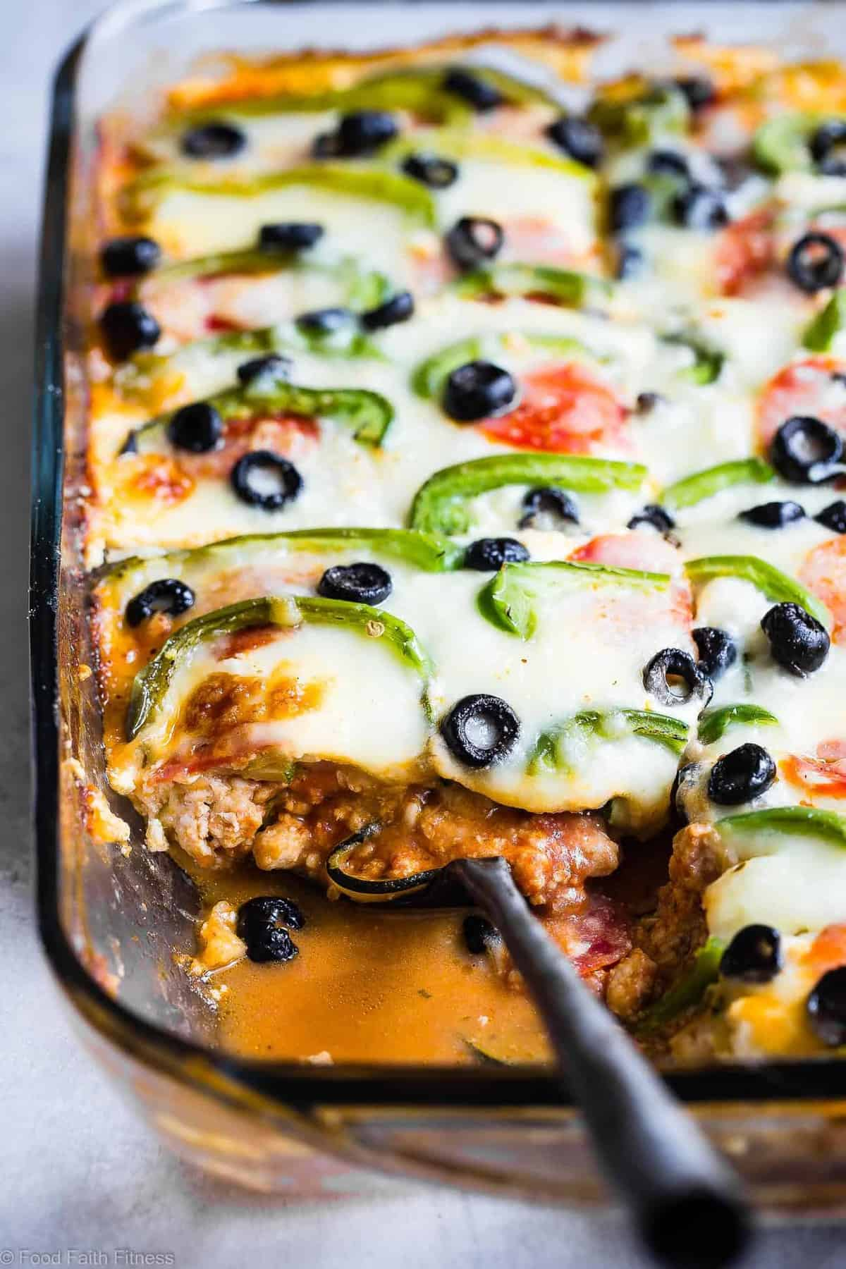 Pizza Low Carb Lasagna with Zucchini Noodles -This zucchini lasagna combines 2 classic comfort foods into one healthy and kid friendly dinner! Gluten free, under 300 calories and packed with protein too! | #Foodfaithfitness.com | #Glutenfree #Lowcarb #Healthy #KidFriendly #Lasagna