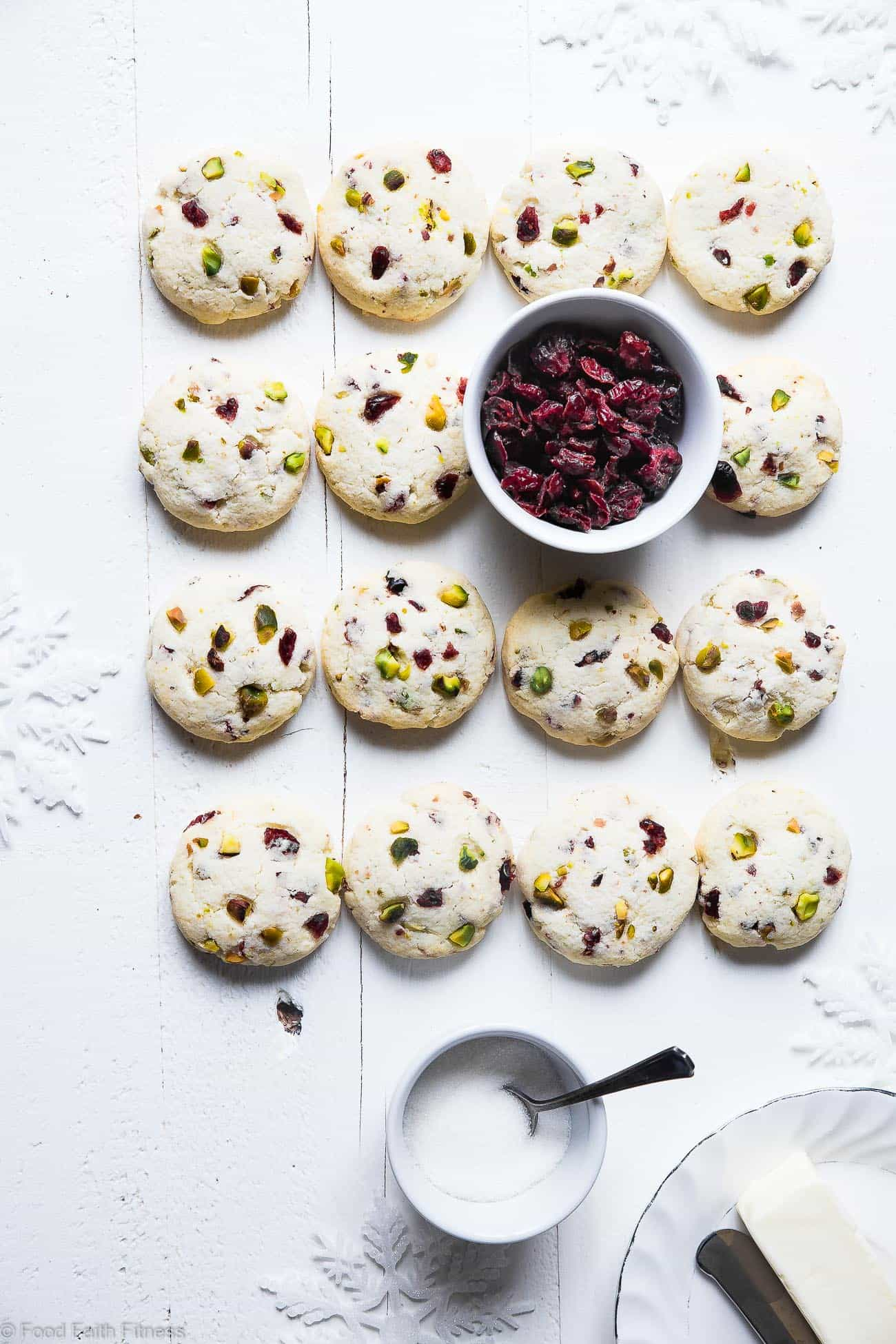 Chewy Gluten Free Sugar Free Sugar Cookies Recipe - Need some sugar free cookie recipes? These Soft chewy sugar cookies havetangy and crunchy cranberries and pistachios! They're a healthier Christmas treat for only 95 calories! | Foodfaithfitness.com | @FoodFaithFit