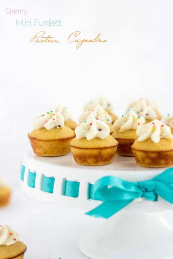 Mini Funfetti Protein Cupcakes - Easy, GF, protein PACKED and only 70 CALORIES! | Food Faith Fitness| #cupcake #funfetti #recipe