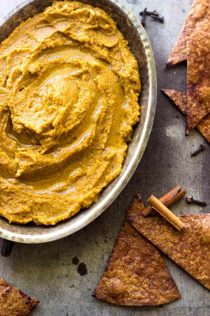 "Pumpkin Pie Hummus with Baked Cinnamon ""Sugar"" Tortilla Chips - Healthy, Easy and tastes like pumpkin pie! 