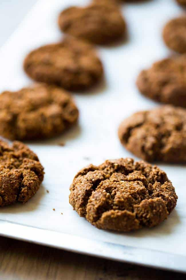 Paleo Gingersnaps - Completely butter free, gluten free and grain free, you will be amazed that these Christmas cookies taste better than Grandmas! Seriously, the best!   Foodfaithfitness.com   #recipe