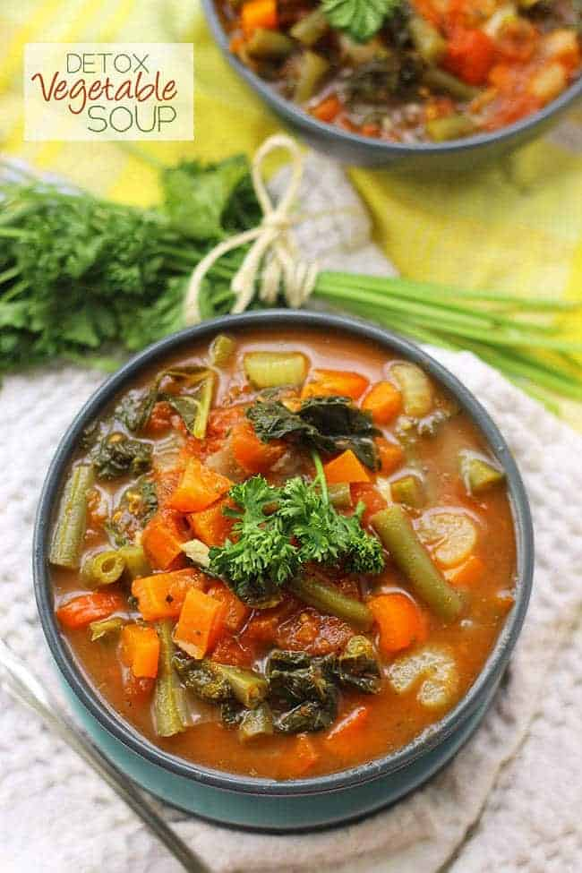 Detox Your New Year Recipe Roundup | Foodfaithfitness.com | #recipe