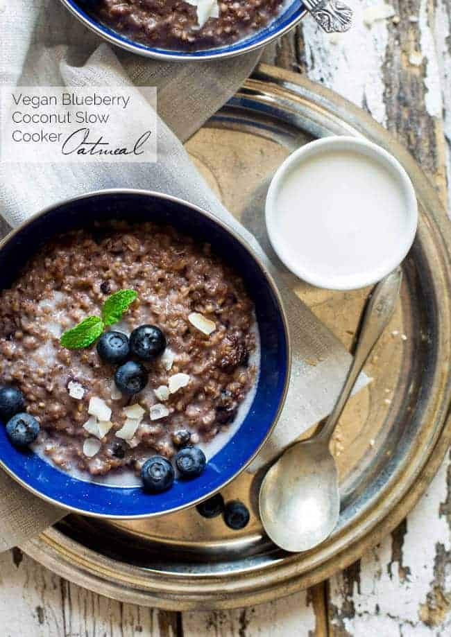 Vegan Coconut Blueberry Slow Cooker Oatmeal - Let the slow cooker do the work for you with this easy, healthy and sugar/gluten/dairy free oatmeal that is creamy and sweet! Perfect to make ahead for busy mornings! | Foodfaithfitness.com | @FoodFaithFit