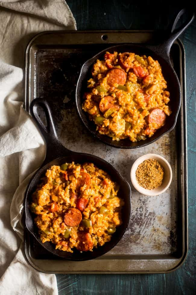 Gluten Free One-Pot Jambalaya - This quick and easy Jambalaya is made in one pot and is loaded with a little New Orleans flavor! It's the perfect meal for busy weeknights, that will please the whole family! | Foodfaithfitness.com | @FoodFaithFit