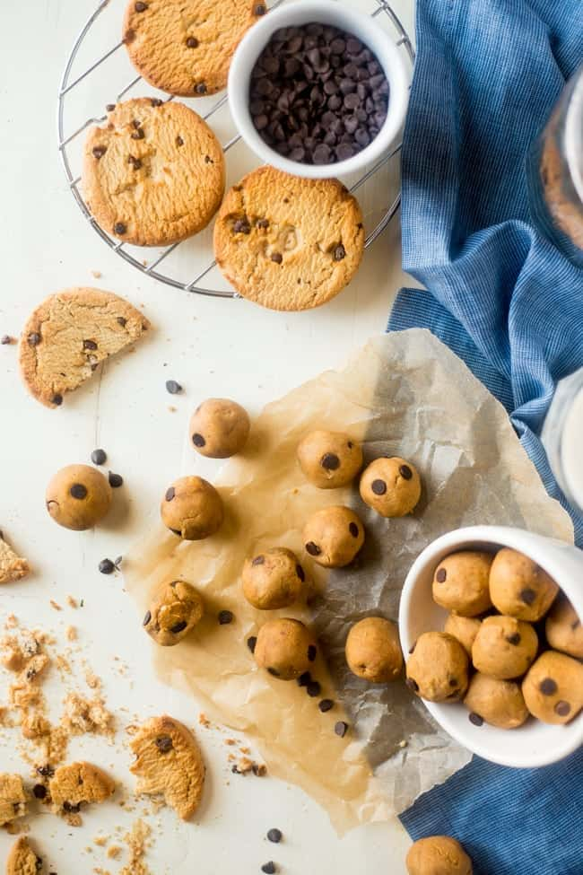 Peanut Butter Stuffed Vegan Cookie Dough Bites - SO easy to make and loaded with peanut butter and chocolate chips! You would never know they're secretly healthy, gluten free and only 65 calories!   Foodfaithfitness.com   @FoodFaithFit