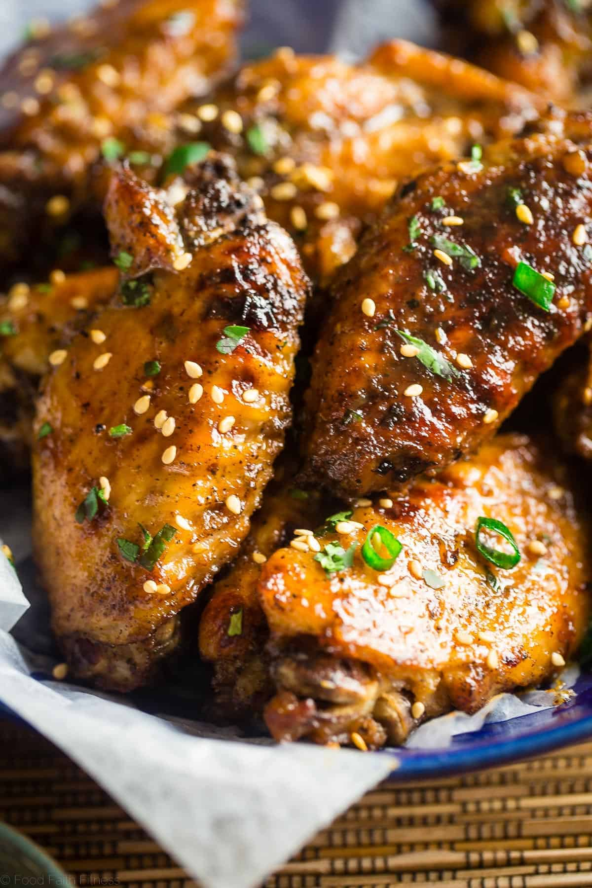 Close up on paleo whole30 chicken wings