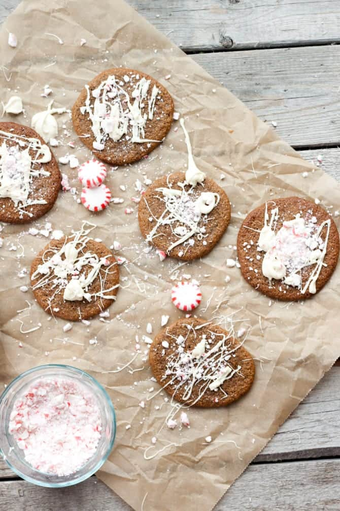 20+ Healthy Freezer-Friendly Christmas Cookie Recipes - A roundup of 20+ healthy, freezer-friendly Christmas cookies in one place!   Foodfaithfitness.com   @FoodFaithFit