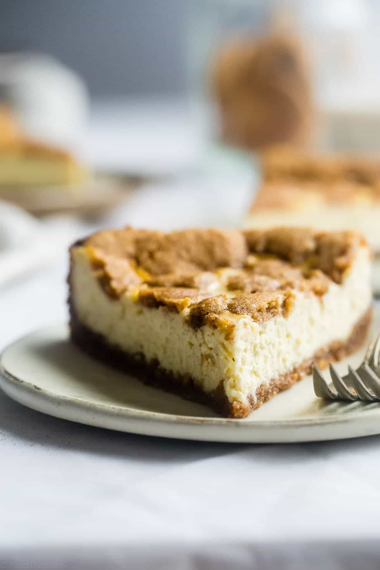 Gluten Free Snickerdoodle Greek Yogurt Cheesecake - This easy, protein-packed cheesecake has a soft and chewy, grain and gluten free snickerdoodle crust! It's a healthier, delicious and festive dessert for the holidays! | Foodfaithfitness.com | @FoodFaithFit