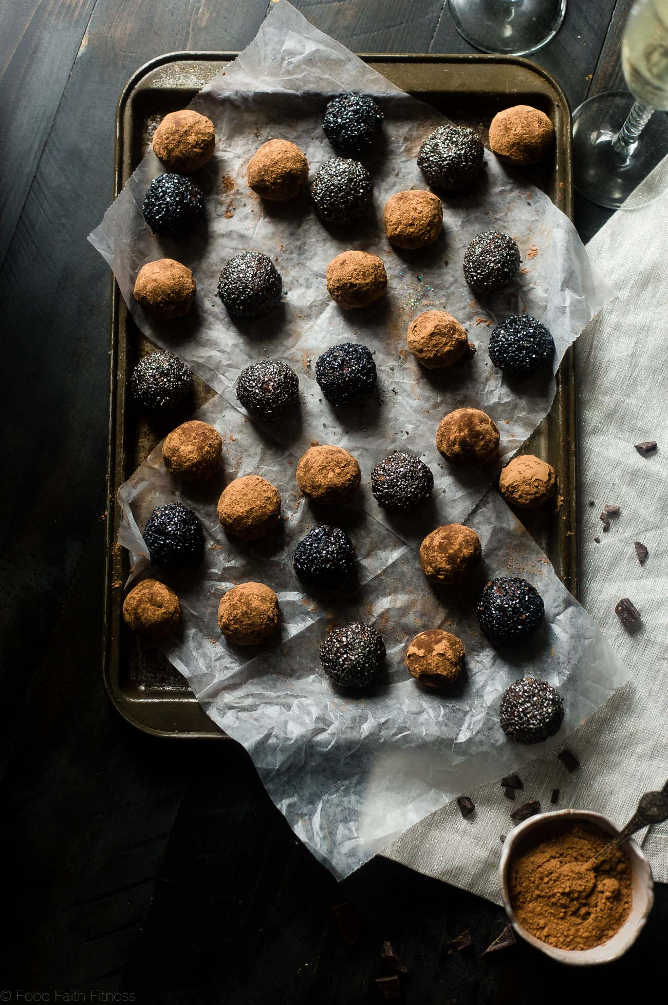 Avocado Vegan Chocolate Truffles with Champagne - These 5 ingredient, vegan truffles use a secret, heart-healthy ingredient to make them so creamy and only 60 calories! A little champagne makes them perfect for New years Eve! | #Foodfaithfitness | #Glutenfree #Vegan #Healthy #Avocado #Truffles