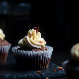 Gluten Free Chocolate Bacon Beer Cupcakes - These gluten free beer cupcakes have a secret, salty bacon twist and bacon fat buttercream! They're an easy dessert that's perfect for St Patrick's Day! | Foodfaithfitness.com | @FoodFaithFit