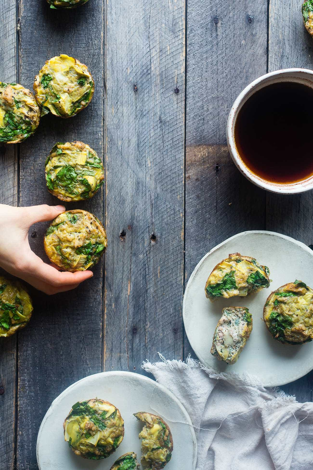 Whole30 Spinach and Artichoke Egg Muffins - These easy, 6 ingredient paleo spinach breakfast egg muffins are low carb, gluten free, and under 100 calories! Perfect for busy mornings! | Foodfaithfitness.com | @FoodFaithFit