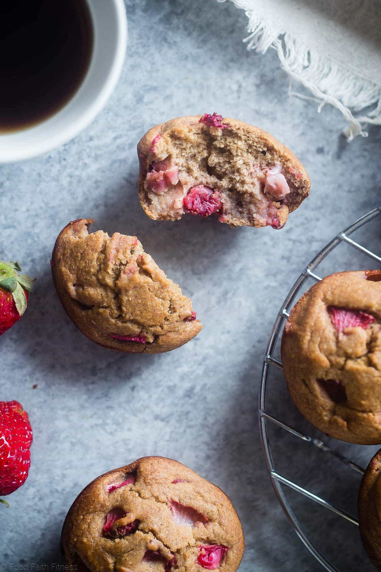 Skinny Strawberry Rhubarb Oatmeal Muffins - These healthy, gluten free muffins are naturally sweetened with dates and have no added sugar, butter or oil! They're low fat and only 125 calories too!   Foodfaithfitness.com   @FoodFaithFit