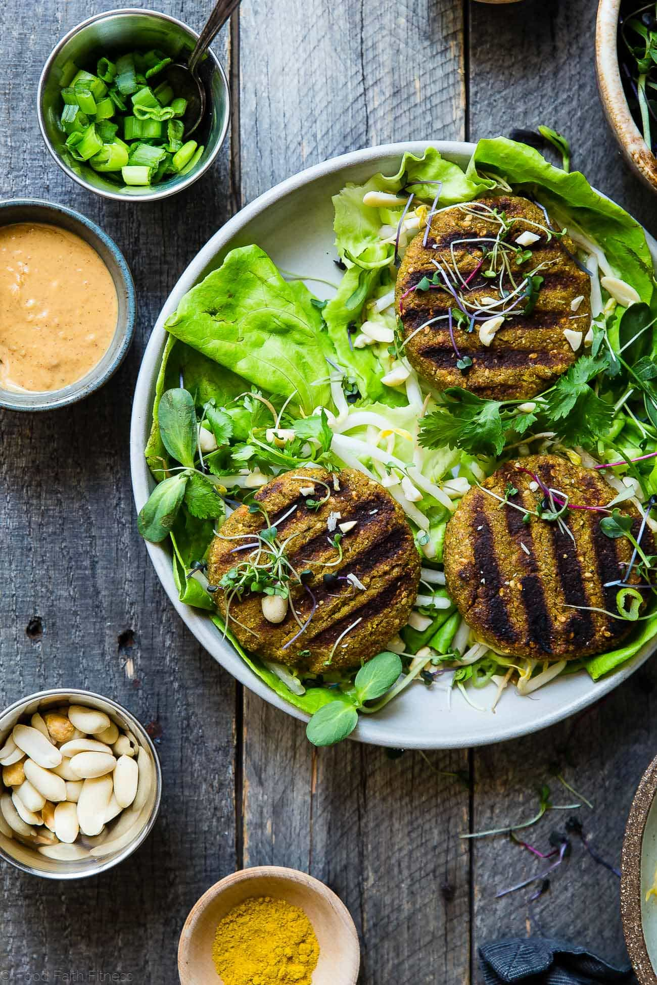 Low Carb Thai Curry Grilled Veggie Burgers - A vegan veggie burger that you can actually grill! They have a Thai peanut twist and curry kick and make a tasty paleo, whole30 and gluten free Summer dinner for under 250 calories! | Foodfaithfitness.com | @FoodFaithFit