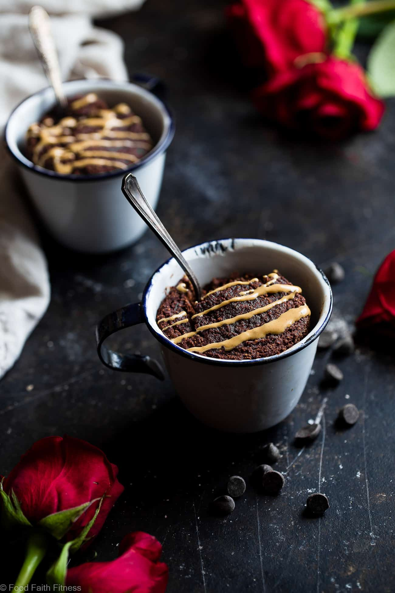 Coconut Flour Chocolate Paleo Mug Cake - A gluten/grain/dairy/sugar free treat that is vegan friendly, ready in 10 minutes and better for you! A healthy dessert at its best! | #Foodfaithfitness | #paleo #vegan #glutenfree #mugcake #chocolate