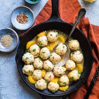 Whole30 Orange Turkey Meatballs - These easy, paleo friendly meatballs taste like Asian orange chicken in meatball form! They're a family friendly gluten/grain/dairy/sugar free weeknight meal, that's under 300 calories! You won't miss the deep frying!   #Foodfaithfitness   #paleo #whole30 #glutenfree #meatballs #healthy