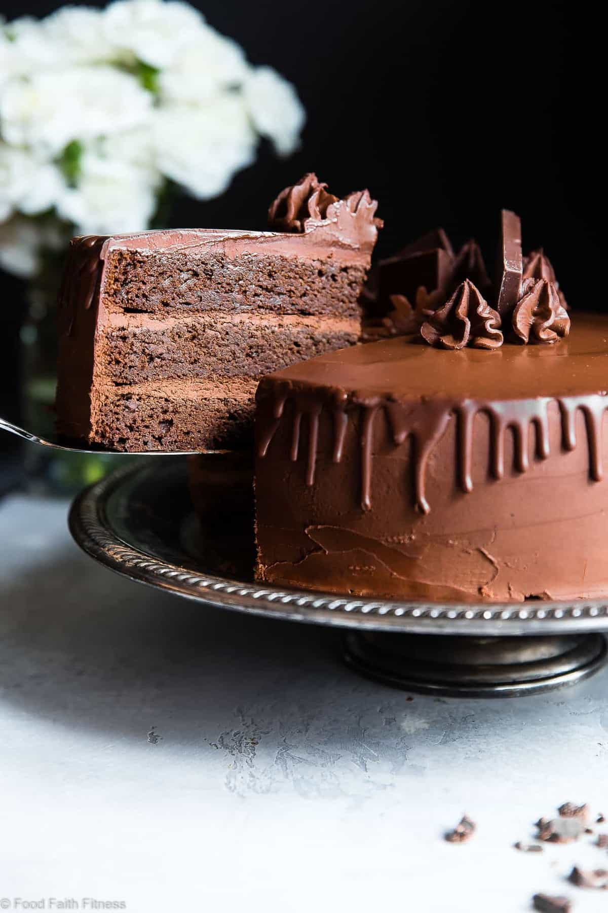 The Best Paleo Chocolate Avocado Cake with Coconut Flour - This dairy and gluten free Chocolate cake is SO fluffy and moist you'll never believe it's butter/oil free and made with avocado! The BEST healthy chocolate cake you will ever have! | #Foodfaithfitness | #Paleo #Grainfree #Dairyfree #Healthy #cake
