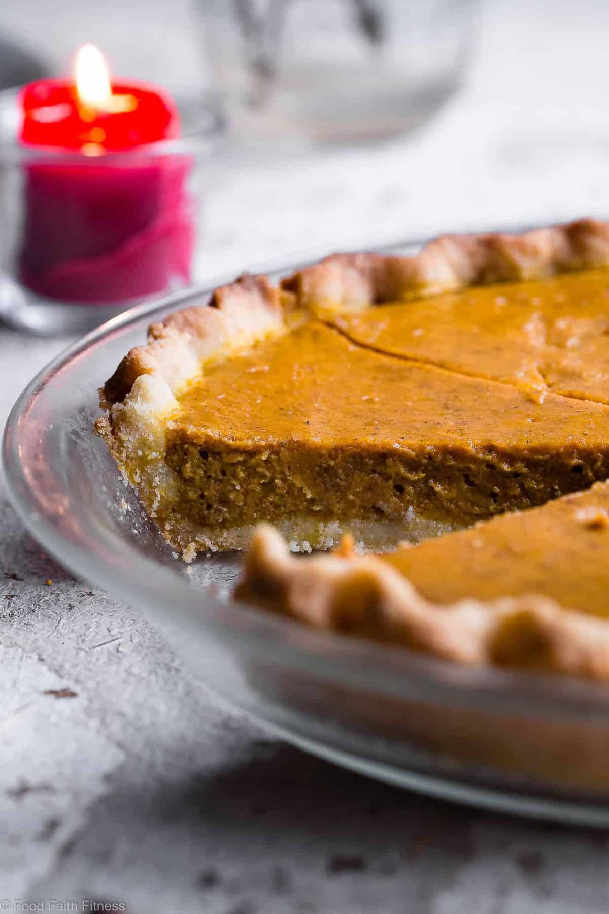 The BEST Paleo Low Carb Sugar Free Pumpkin Pie - This paleo friendly, sugar free pumpkin pie is SO delicious, you will never know it's dairy and gluten free and only 200 calories a slice! Everyone will want this recipe! | #Foodfaithfitness