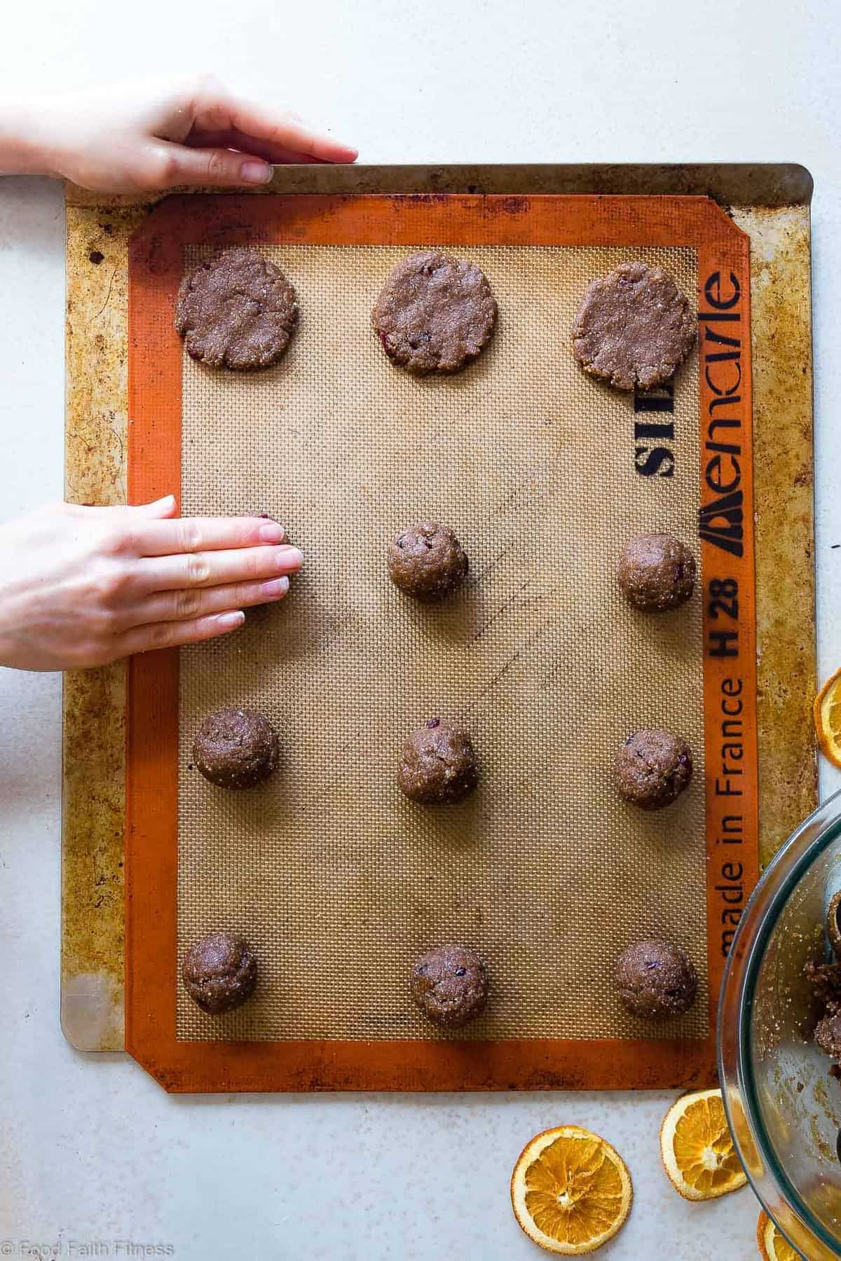 Orange Cardamom Paleo Almond Butter Cookies - SO crispy on the outside, chewy on the inside and loaded with festive flavor! You will never believe these are healthy, vegan and gluten free too! | #Foodfaithfitness |