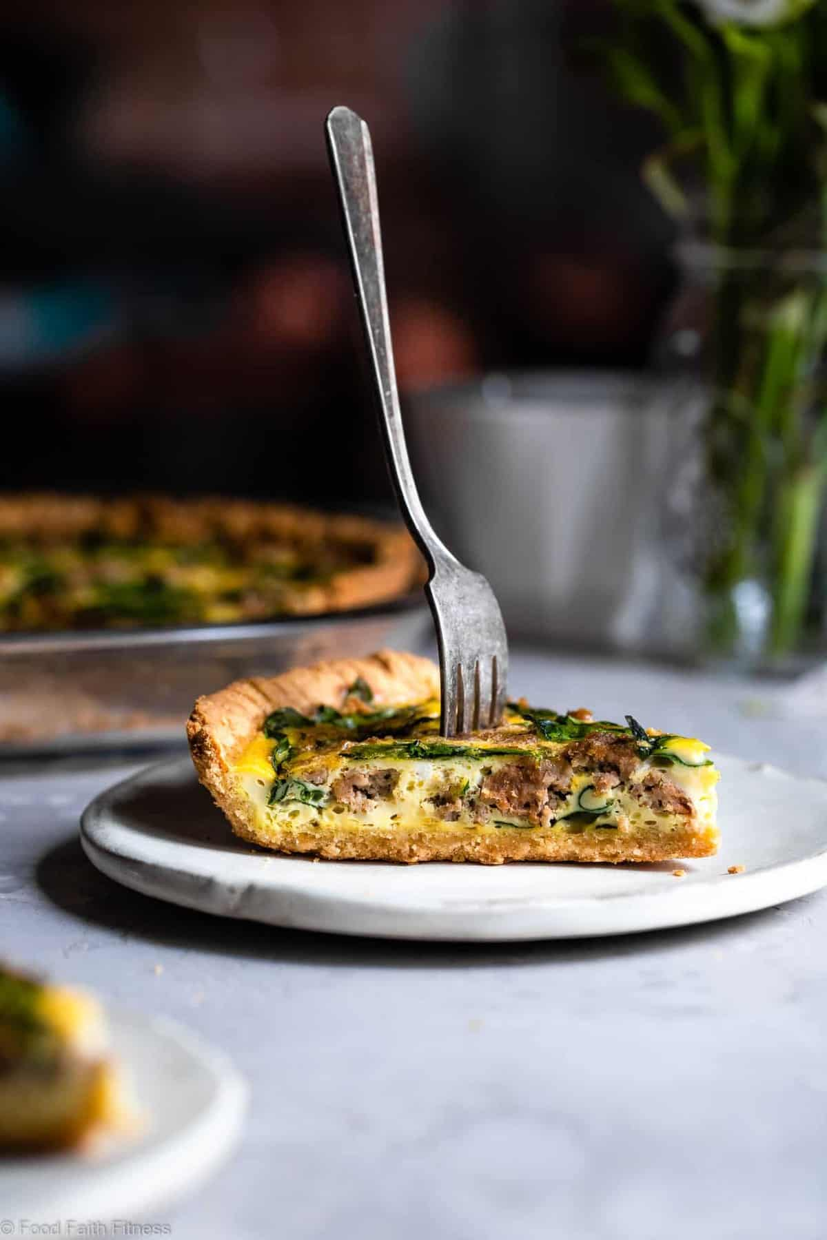 Gluten Free Low Carb Quiche -This EASY low carb, dairy free and paleoQuiche has a homemade, buttery, flaky Almond Flour Crust! Sausage, spinach and eggs make a high protein, filling breakfast! Great for meal prep! | #Foodfaithfitness | #Glutenfree #Lowcarb #Keto #paleo #dairyfree