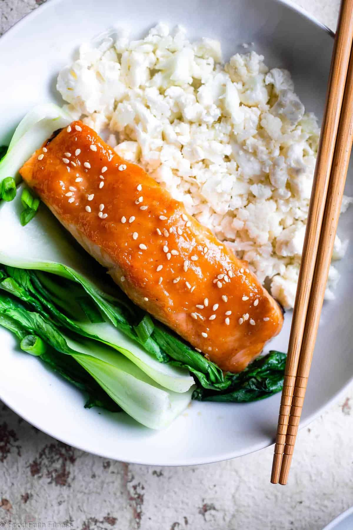 Honey Sriracha Miso Glazed Salmon - An easy, 15 minute weeknight dinnerthat is big on spicy-sweet asian flavor! A gluten free meal you'll make over and over! Only one Weight Watchers SmartPoint too! | #Foodfaithfitness | #Glutenfree #Lowcarb #Keto #Healthy #Dairyfree