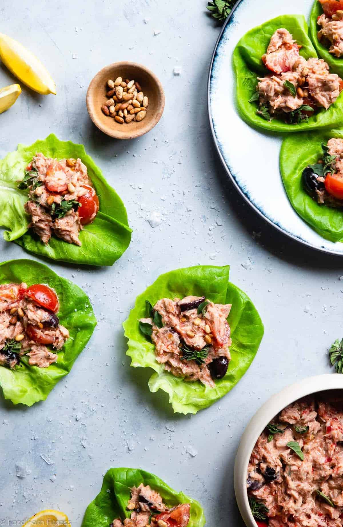 Paleo Mediterranean Tuna Salad with Olives -  This healthy tuna salad recipe is a quick and easy recipe that is great for meal prep and lunches! Gluten free, low carb, keto and whole30! | #Foodfaithfitness |