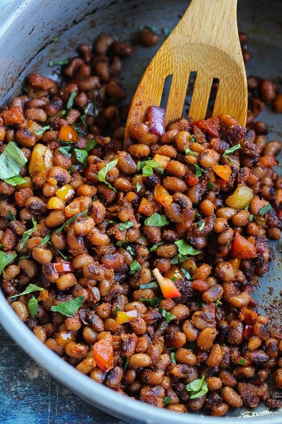 pan-fried black-eyed peas in a pan