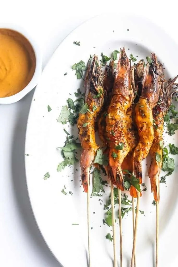 grilled shrimp skewers with peanut sauce