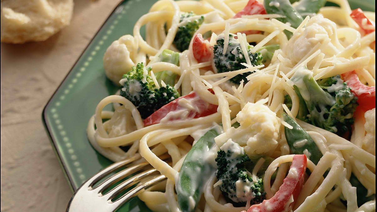 Linguine with Vegetables & Cheese