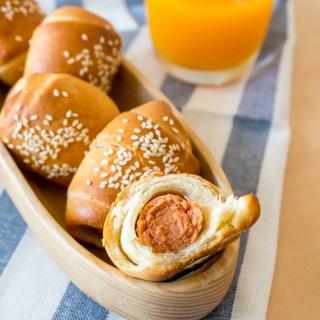 Mini Sausage Bread Rolls (TangZhong Method)