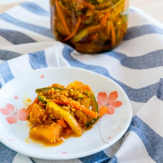 Simplified Nonya Achar/Acar [Spicy Pickled Mixed Vegetables]