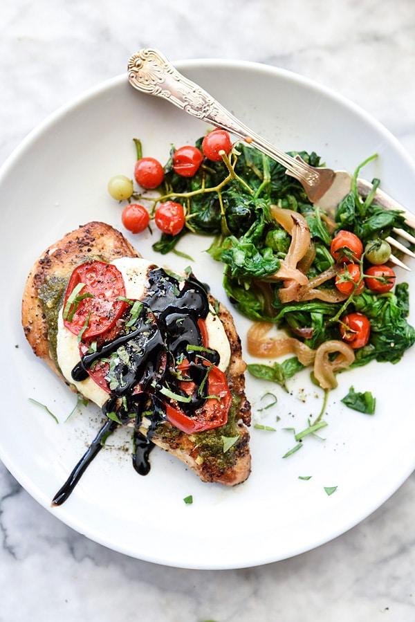30-Minute Caprese Chicken Recipe | #recipes #balsamic #healthy #skillet foodiecrush.com