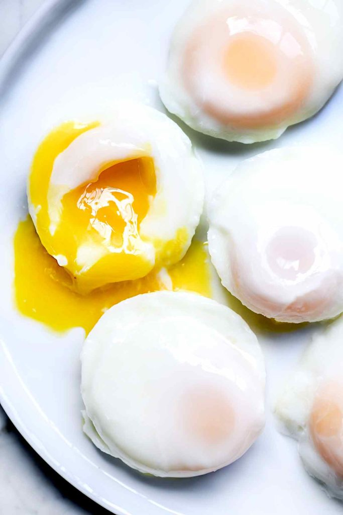 poached eggs the easy way stove