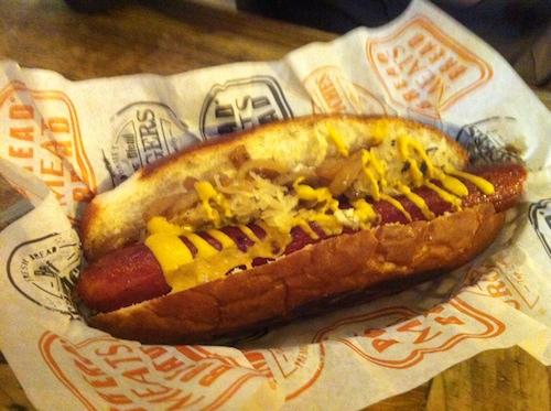 Bread_Meats_Bread_Hot_dog