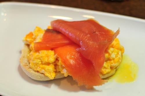 Sun Inn scrambled egg and salmon