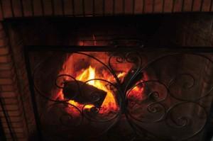 carfraemill roaring fireplace