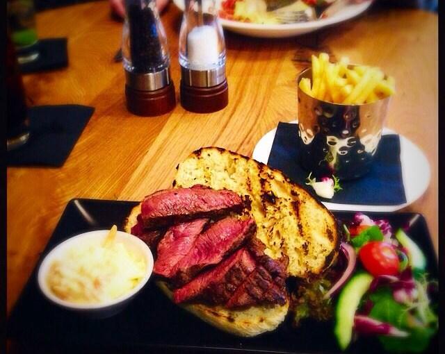 Food Review: Loks Bar & Kitchen, 16 Newlandsfield Rd, Glasgow G43 2XU
