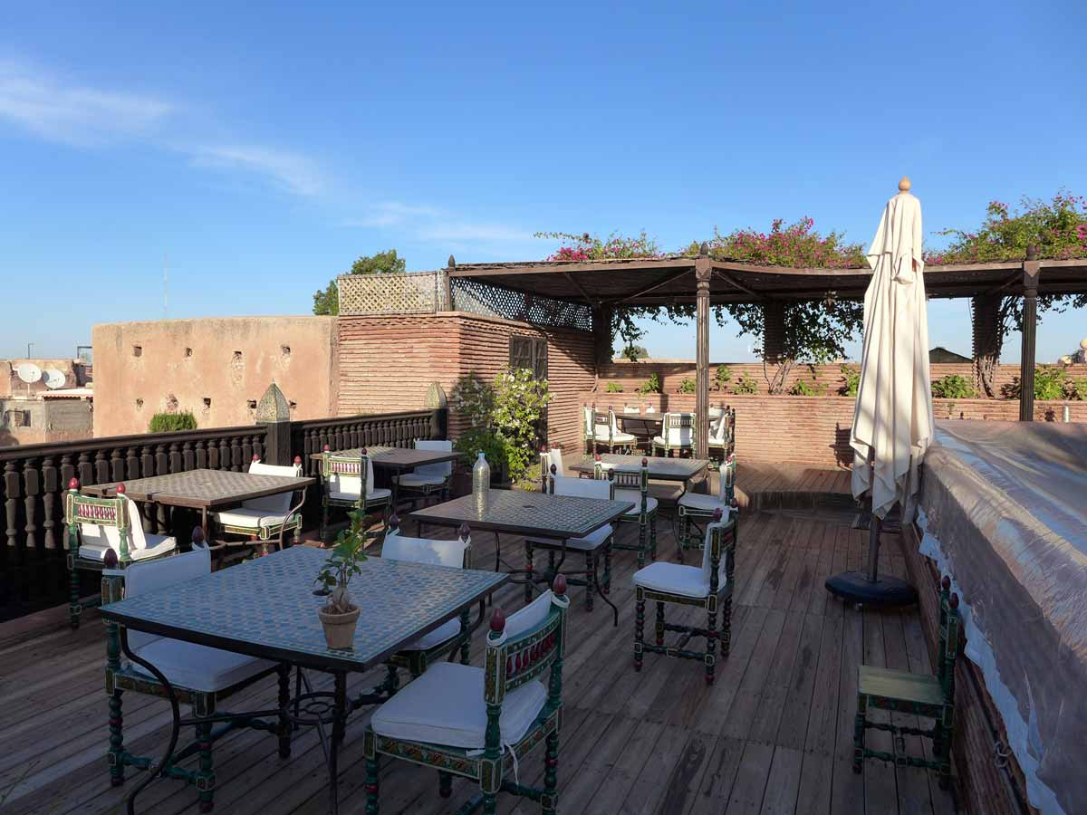 La Sultana hotel - Eating alfresco