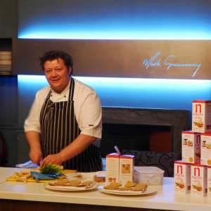 Make Greenaway demonstrating some Nairn's oatcakes recipes