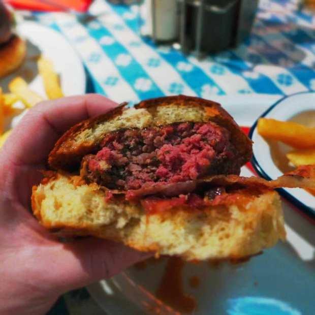 Nice & Sleazies - Lovebite burger