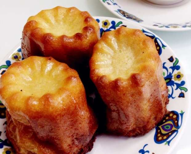 Recipe: Canelés De Bordeaux - French Rum and Vanilla Cakes