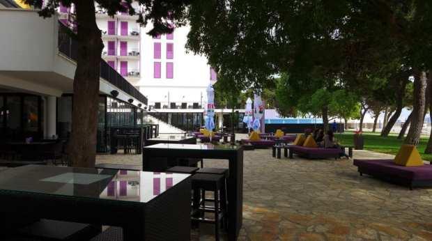 adriactic_biograd_hotel_lavender_cocktail_bar