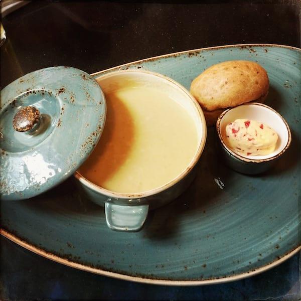 glasgow foodie explorers food blog NYL_LIVERPOOL_CREAM_OF_ROASTED_VEG_SOUP