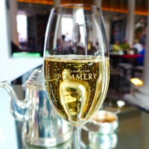 colonnades_signet_afternoon_tea-pommery_champagne