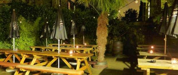 Palm Tree Portobello - Beer garden