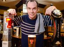 Boaby the Barman lends support to PubAid World Record Attempt