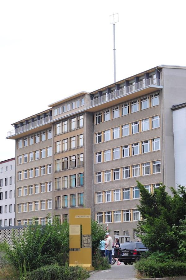 Stasi_museum_berlin_outside