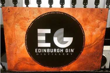 Edinburgh gin Scotland glasgow foodie explorers