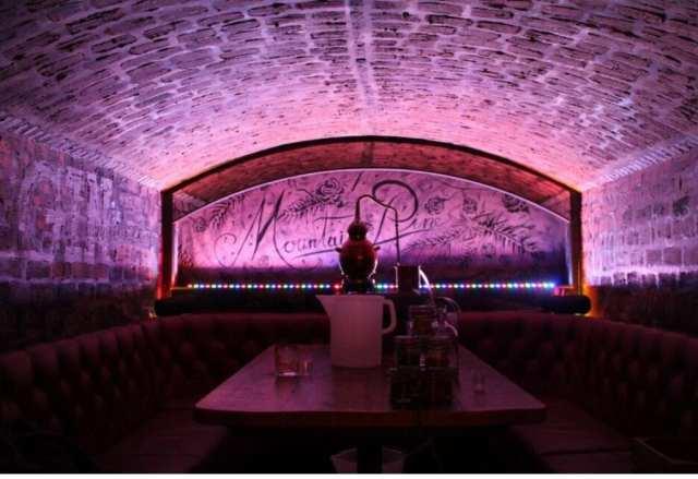Edinburgh gin Scotland glasgow foodie explorers