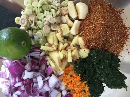 Recipe: Red Curry Paste